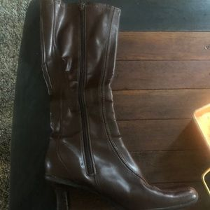 Women's size7 brown boot